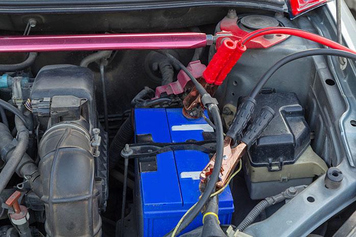 jump start dead car battery   C&S Towing